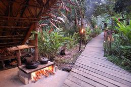 Kochstelle im Camp des Orinoco Delta