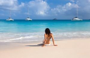 Junge Damen am Strand von Los Roques